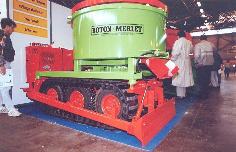 Boton-Mermet Mixer on tracks