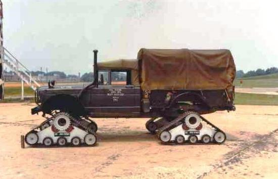 M715 fitted with UNA tracks