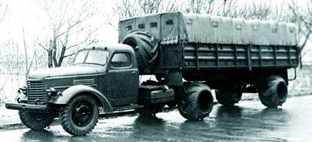 ZIS-120N with hoops tyres, 1960