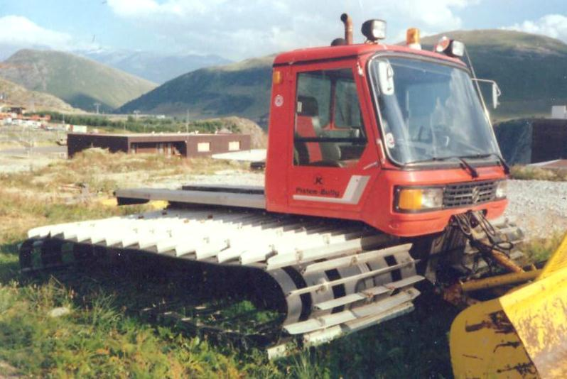 Kässborhrer Pisten Bully Groomer