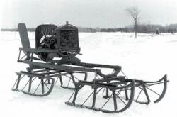 1-Motorized-sled-powered-by-a-propeller-19221.jpg