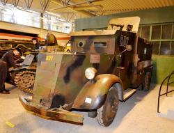 14-m31-armoured-car.jpg