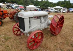 17 fordson tractor