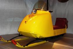 17-ski-doo-chalet-model-1965.jpg