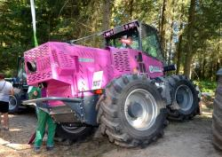 2014 06 21 168a merlo m 250 x trimmer