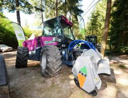 2014 06 21 169a merlo m 250 x trimmer