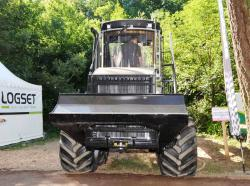 2014 06 21 192a logset 5fp 8x8 forwarder