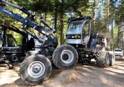 2014 06 21 200a 8h logset harvester