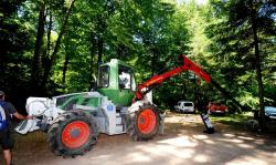 2014 06 21 313a fendt t24 tractor and schlang reichart winch