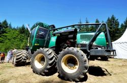 2014 06 21 577a silvatec 5280 th harvester
