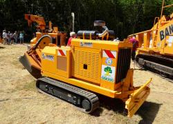 2014 06 21 583a track stump grinder 3400 track of bandit