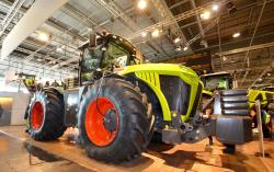 2015 02 22 073a claas xerion tractor