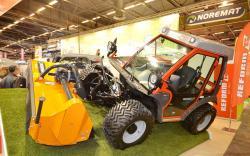 2015 02 22 409a reform metrac h8 tractor
