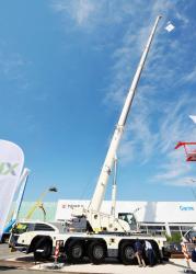 2015 04 20 165a terex explorer 5800 mobile crane
