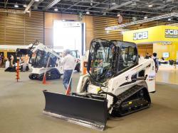 2015 04 20 478a bobcat t450 compact track loader