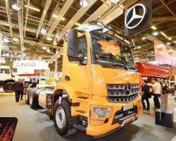 2015 04 20 589a mercedes benz arocs 6x6 truck