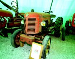 21 babiole multi baby 203 tractor