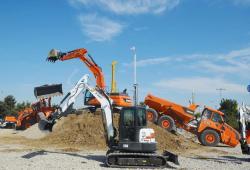 23 2015 04 20 139a bobcat e50 mini excavator