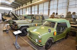 23 2015 04 24 249a trabbant and uaz cars
