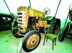 23 labourier ld 15 1954 tractor