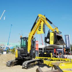 25 2015 04 20 108a yamnar sv100 mini excavator