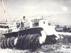 26-Doroshi-screw-vehicle.jpg