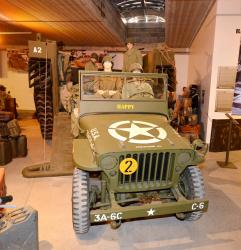 3 2014 10 04 249aa famous jeep going out a lvt 4 amphibious vehicle