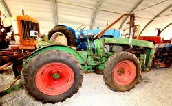31 holder articulated tractor a 45 1976