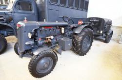32 2015 04 24 312a hurlimann d 200 tractor