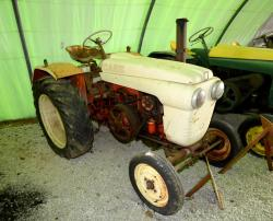 32 a case 204 tractor 1960