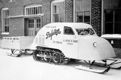 4-B7-Snowmobile1.jpg