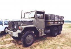 47-am-general-m35.jpg