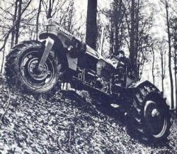 6-Pekazett-tractor.jpg