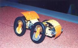 60-meccano-model-3.jpg