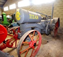 65 dsc 0239a ih titan tractor 1915 21