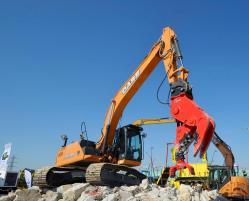 8 2015 04 20 076a case cx210c excavator
