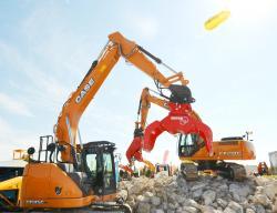 9 2015 04 20 107a case cx210c excavator