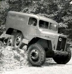 Latil-6x6-M2TZ.jpg