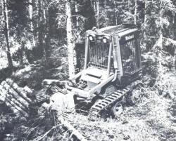 Makeri-tractor.jpg