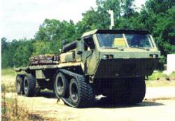 Oshkosh-MK-48-tracked-proto.jpg