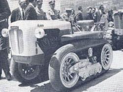 Pneumatic-tracks-Lombartini-Castoro-tractor.jpg