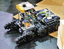 Robhaz-DT5-robot.jpg