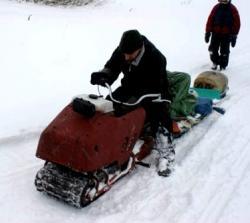 Self-made-snow-dog-like-Hus-Ski.jpg
