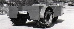 Three-wheeled-Lysoid-tyred-car-prototype.jpg