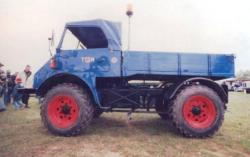 Unimog--401-3.jpg