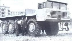 Yermak-6x6-truck.jpg