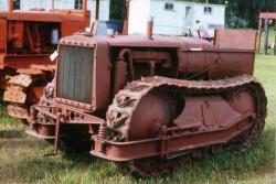 bear-tractor-1924.jpg