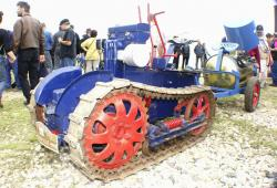 bernard-tractor-2.jpg