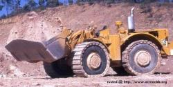 Cat 992a with dystred tires