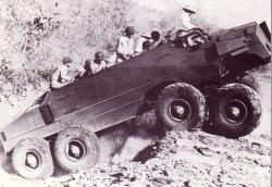 cooks-bros-desert-vehicle-1942.jpg